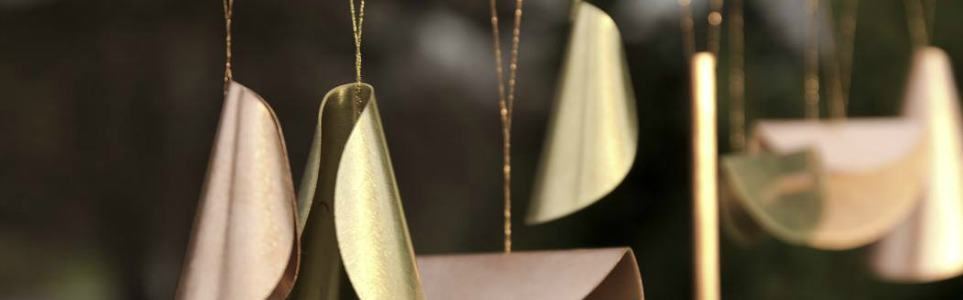Czech Modern-Design Christmas Ornaments Shine this Season