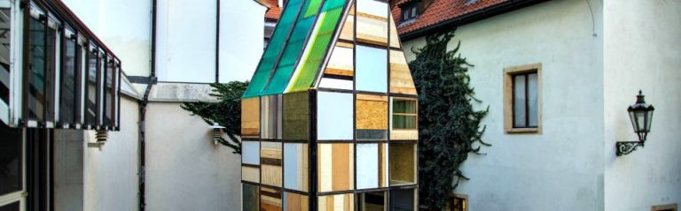 Modern Sauna Pops-Up in Ancient Prague Courtyard
