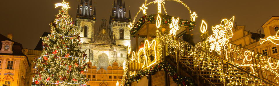 "Prague Christmas Tree Among World's ""Most Magnificent"""