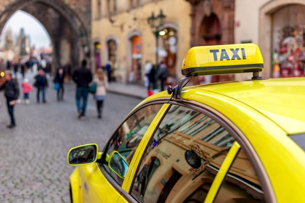 Prague Taxi Drivers Prepare Largest Anti-Uber Demonstration Yet