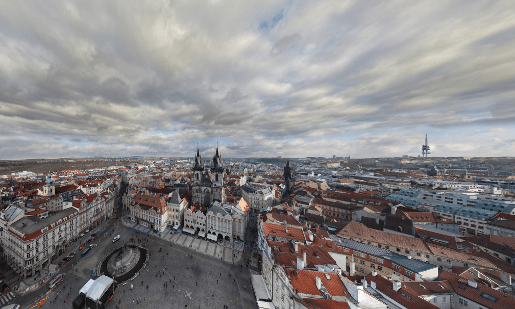 Cool: Check out the largest photo of Prague ever taken