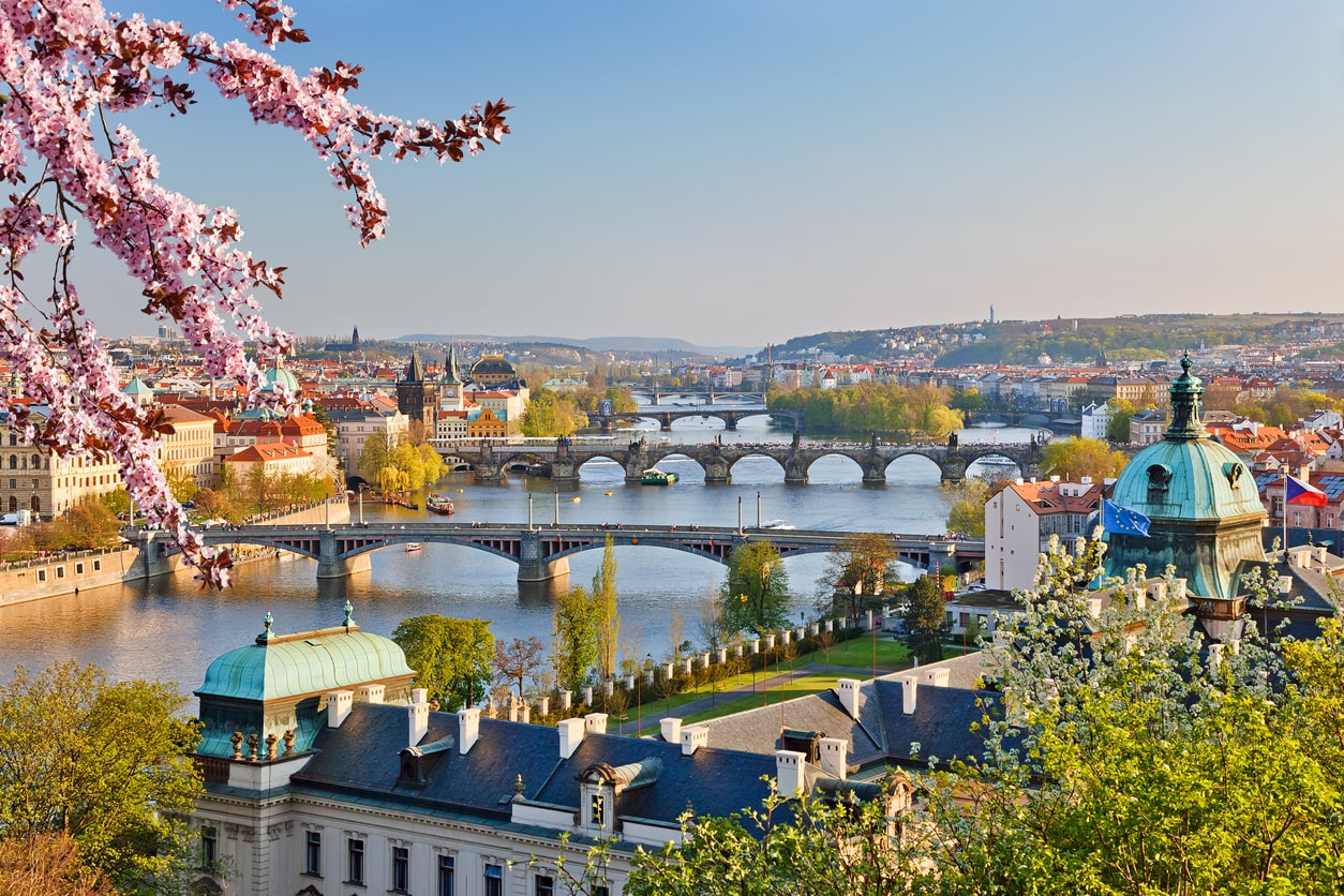 Prague sets new all-time high temperature record