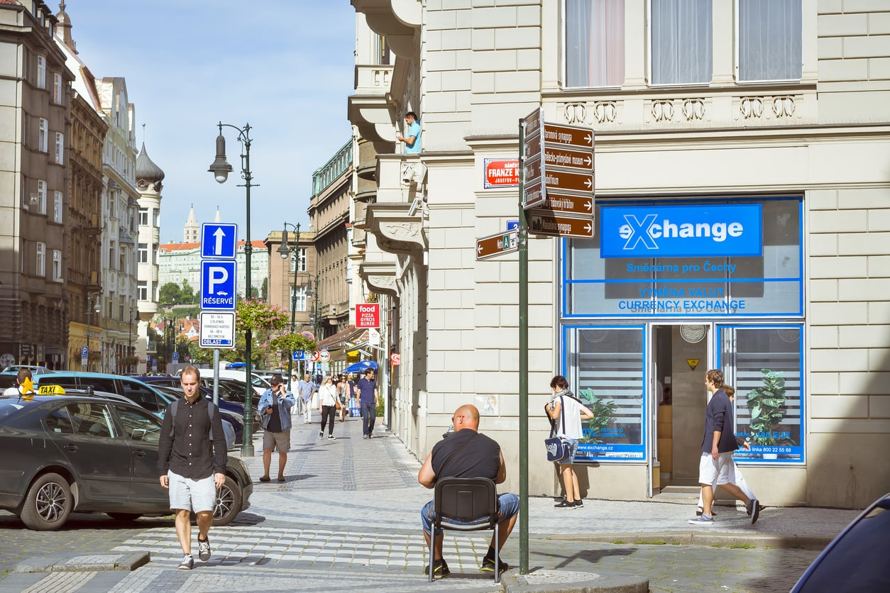 Ripoff Prague exchange offices no more! New Czech law protecting customers takes effect