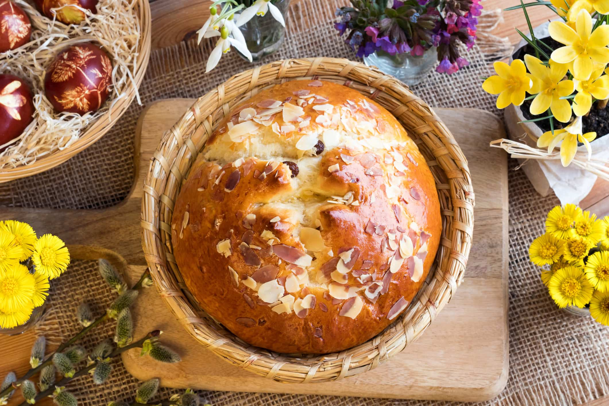 3 Czech Easter recipes: Mazanec, beránek, and nádivka