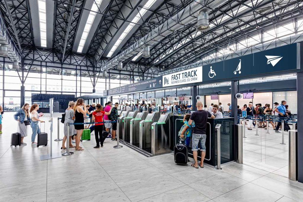 Restaurants at Prague's Václav Havel Airport busted by Czech trade inspectors for overcharging tourists