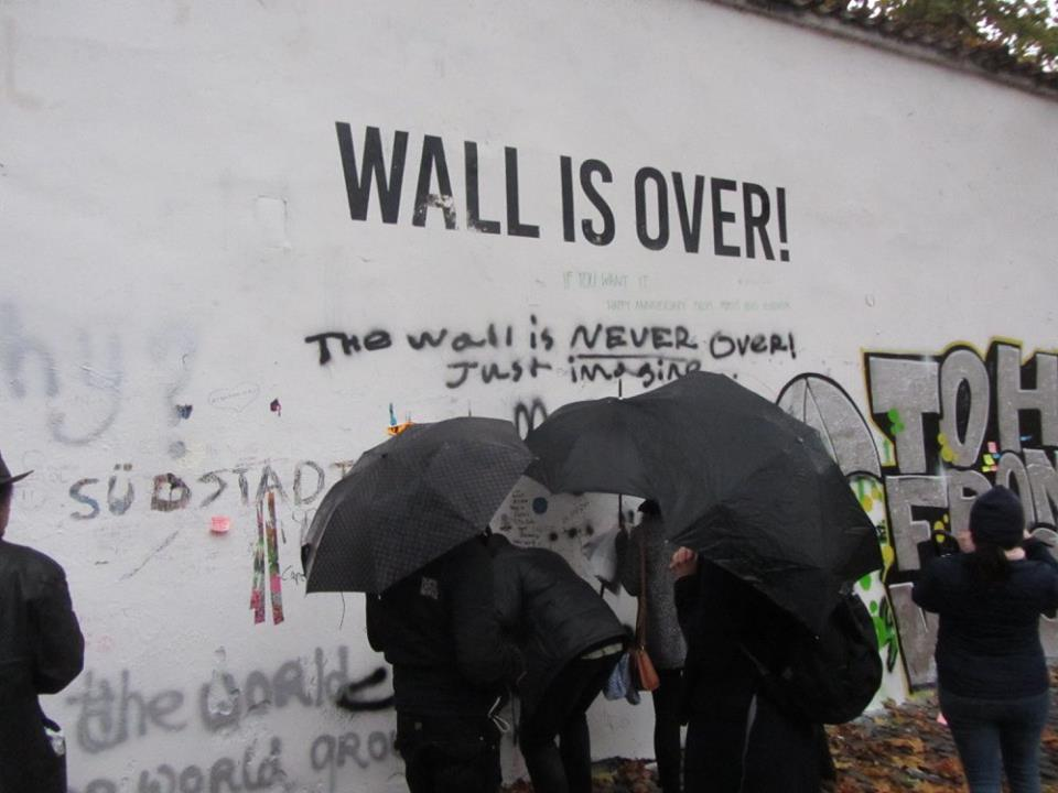 Knights of Malta: tourists are ruining Prague's Lennon Wall with vulgar scribbling
