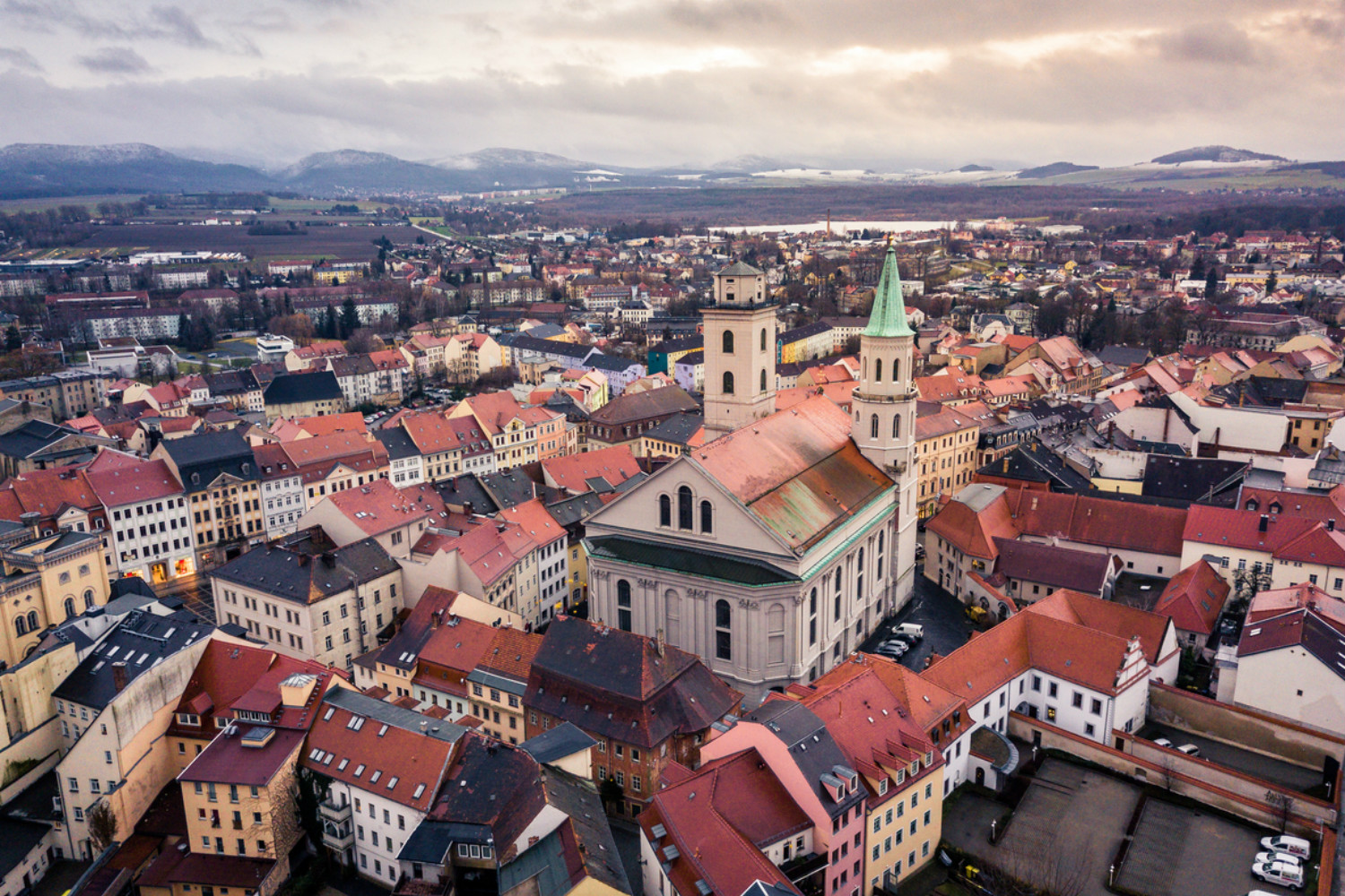 Apartment rental prices are so high, Czechs are now moving to Germany | Expats Czech Republic