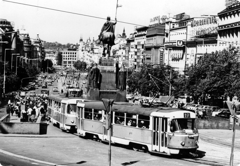 tram wenceslas square
