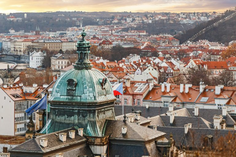 6 major challenges companies face when doing business in the Czech Republic