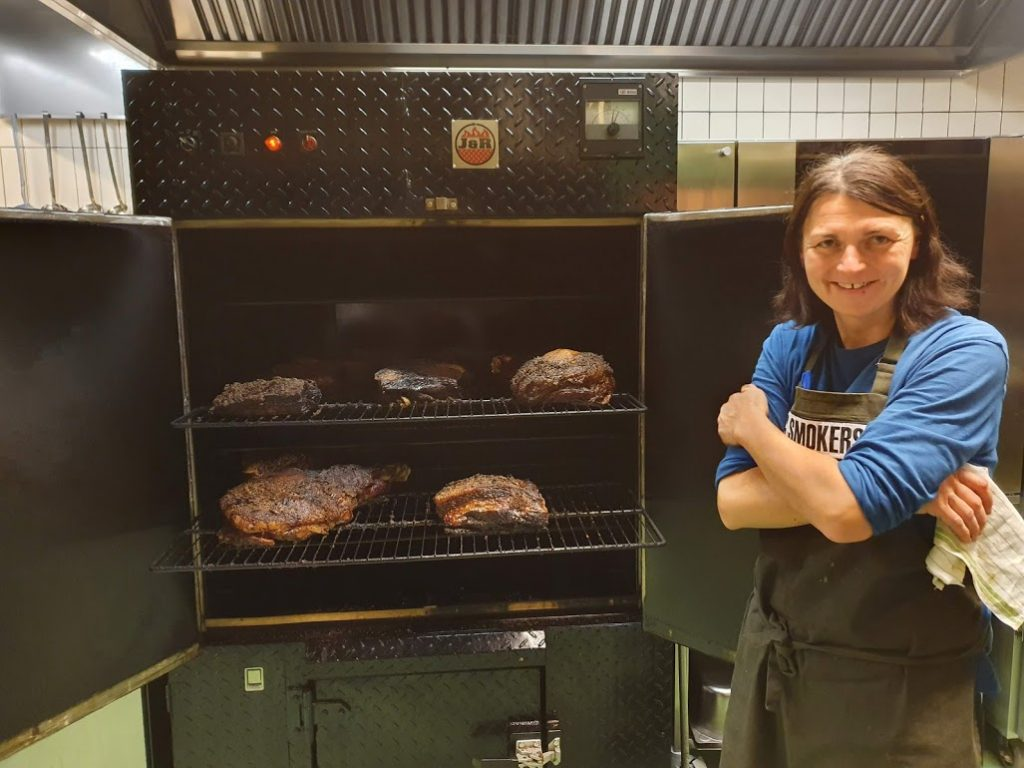 "Belle of the BBQ: Chef Silva Jackson brings her ""Czexan"" cuisine to Prague"