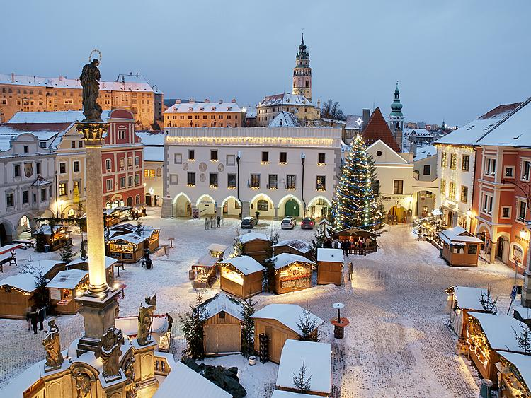 10 festive Czech and international Christmas markets that are worth the trip from Prague