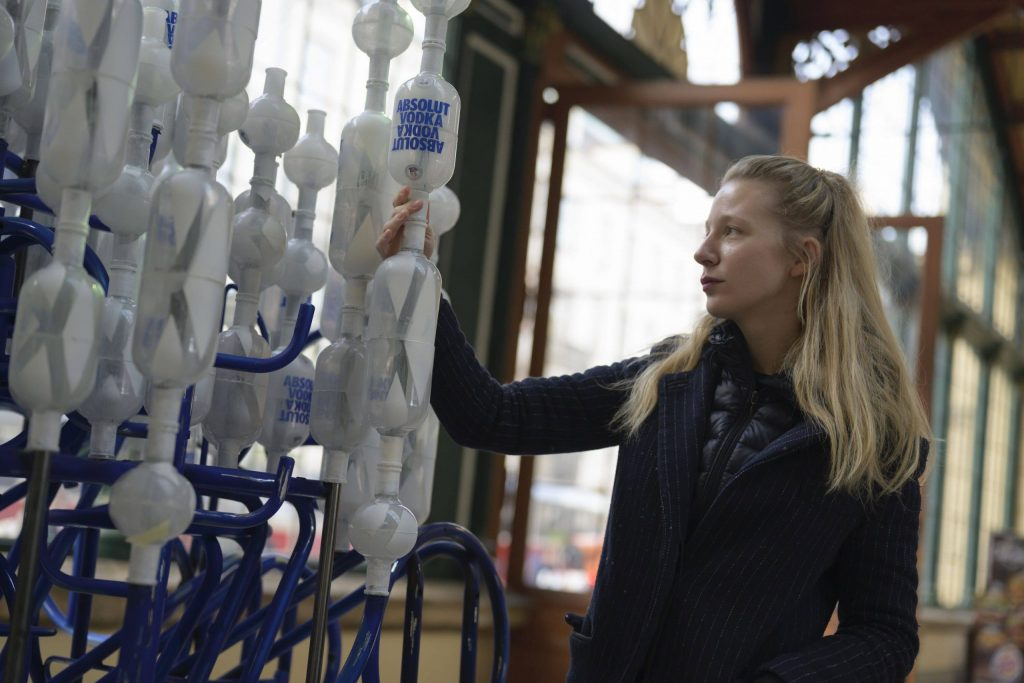 New sculpture in Prague's Masaryk Station made from 500-plus vodka bottles