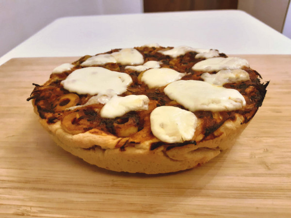 Homemade focaccia pizza / photo by LasSaboritas
