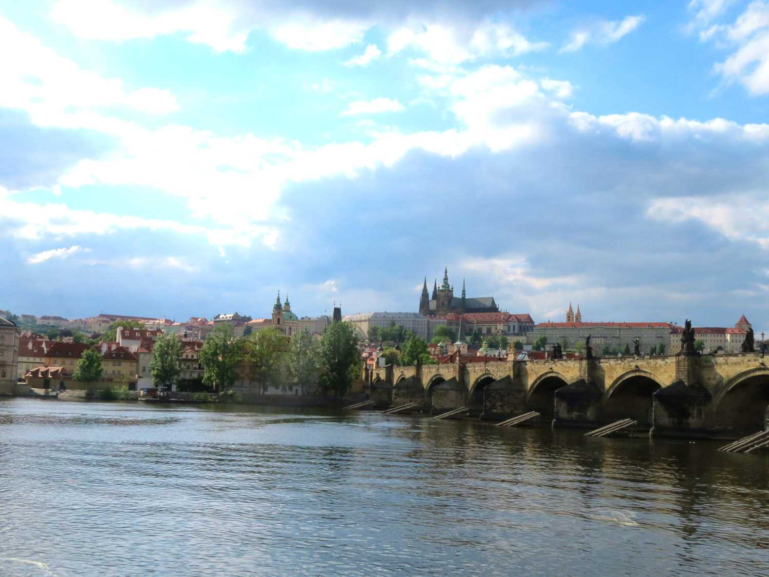 , Prague's Smetanovo nábřeží will be closed to cars for the summer to create a pedestrian zone, Expats.cz Latest News & Articles - Prague and the Czech Republic, Expats.cz Latest News & Articles - Prague and the Czech Republic