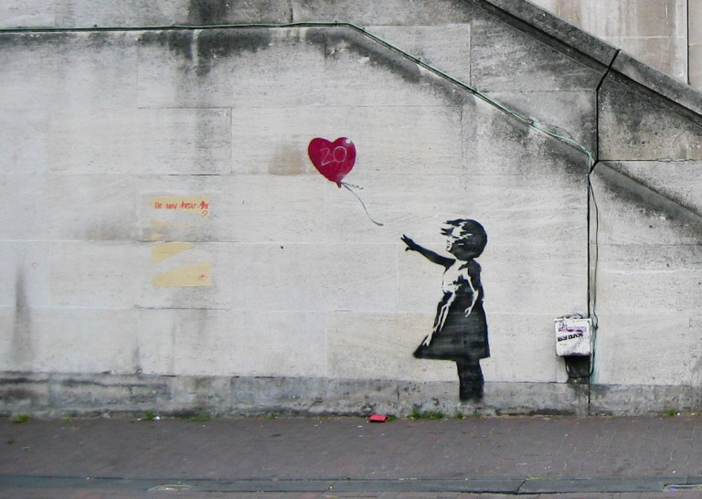 banksy girl with a balloon 02