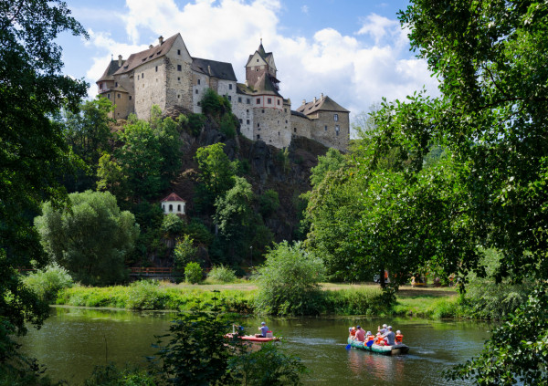 7 nice-and-easy rafting adventures in the Czech Republic with castle views