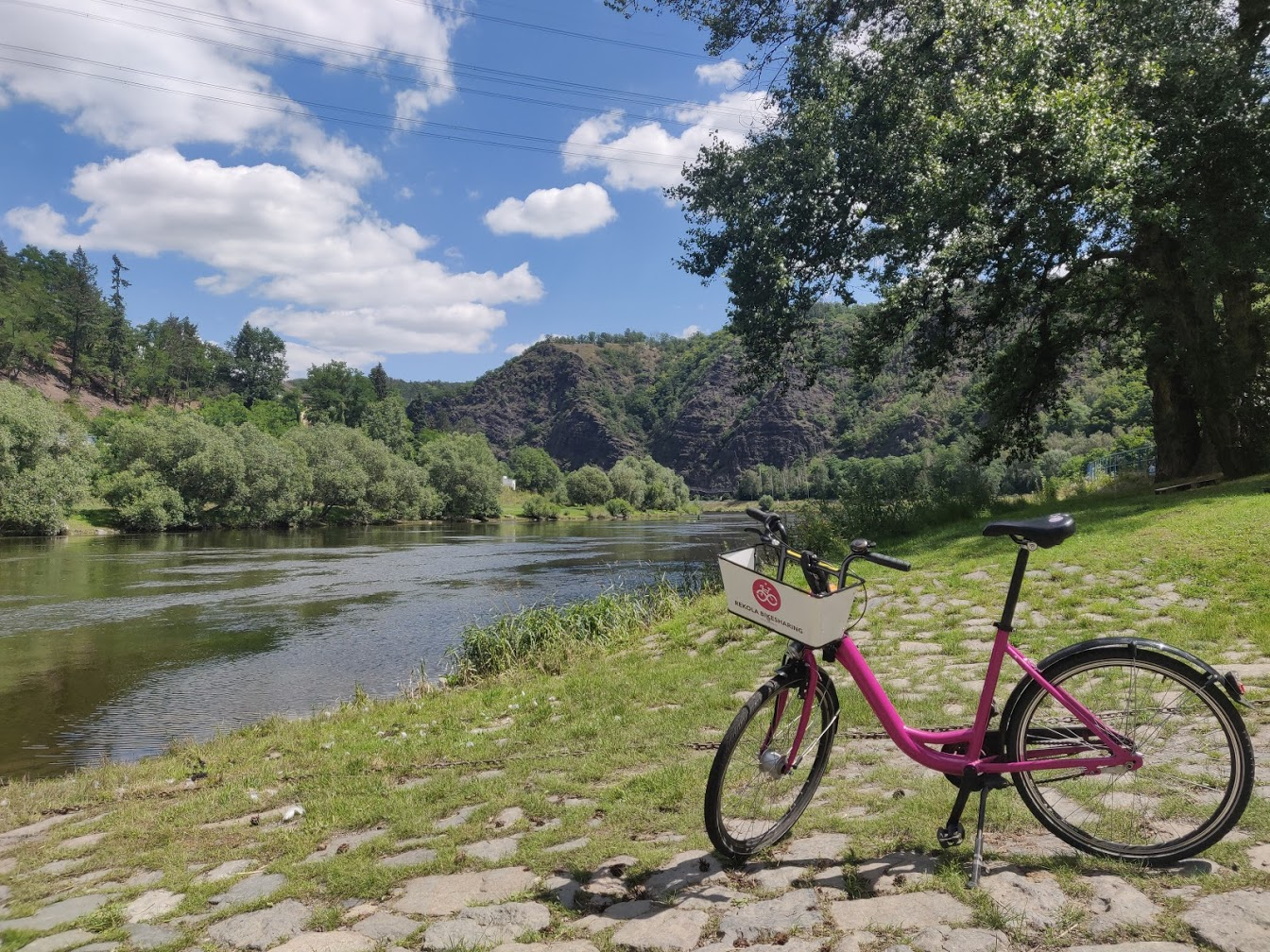 , Bike there and hop a train back: 5 scenic cycling trails from Prague (with beer), Expats.cz Latest News & Articles - Prague and the Czech Republic, Expats.cz Latest News & Articles - Prague and the Czech Republic