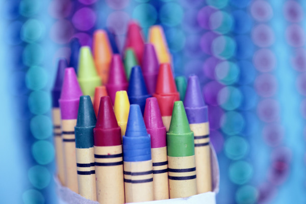 A new project will give low-income kids in Prague free school supplies